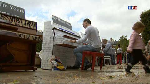28 pianos dans les Jardins du Palais Royal