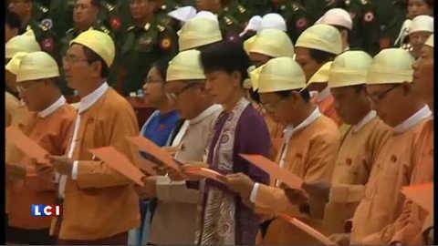 Aung San Suu Kyi prête serment : les images