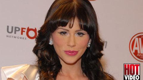 AVN Awards 2012 - Brooklyn Lee présente le Tapis rouge pour Hot Vidéo