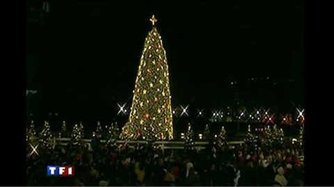 Barack Obama illumine le sapin de Noël de la Maison Blanche
