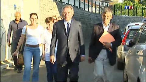 Bayrou perd son siège de député dans les Pyrénées