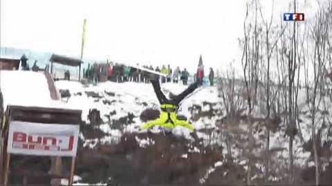 Le bun j'ride : un saut à ski et à l'élastique hors norme
