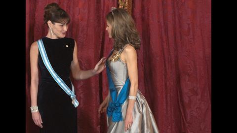 Carla et Letizia : un dîner de gala haute couture