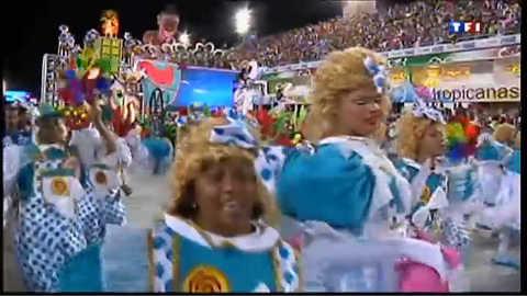 Le Carnaval de Rio se trémousse au rythme de la samba