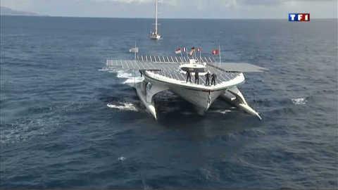 Le catamaran solaire boucle son tour du monde