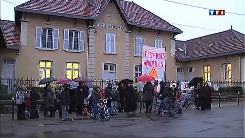 Des classes menacées de fermeture dans le Jura, la colère des parents
