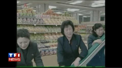 Corée du Nord : en pleurs devant un escalator emprunté par Kim Jong-Il