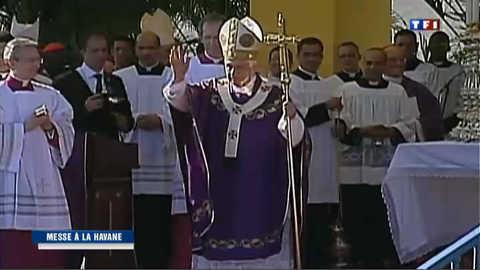 Cuba : immense messe en plein air pour le pape face au Che Guevara