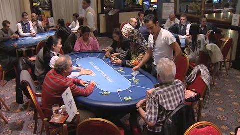 Dans le Casino