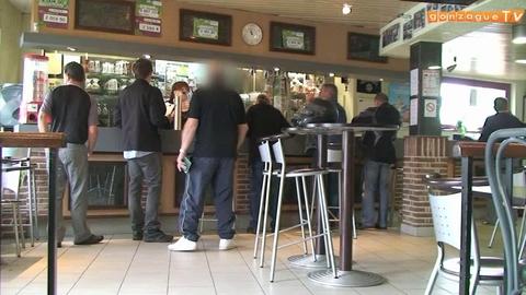 DEFI: clash au restaurant