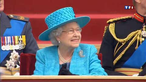 Défilé militaire en l'honneur du jubilé de la reine d'Angleterre