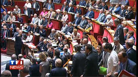 Le discours d'Ayrault trop long, des députés UMP quittent l'hémicycle