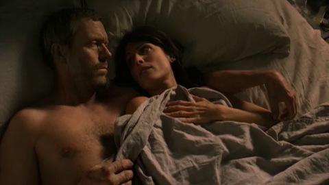 Dr House - 7x01 - Now What - Extrait 'House et Cuddy au lit'
