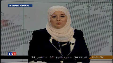 Egypte : pour la 1ère fois, une femme voilée présente le journal