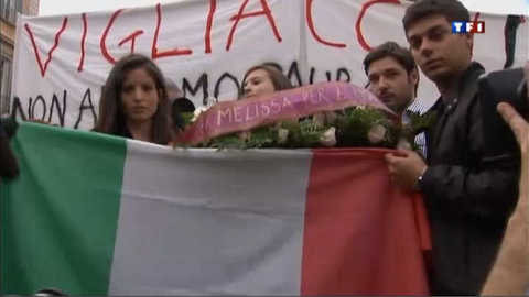 L'émotion en Italie après l'attentat de Brindisi