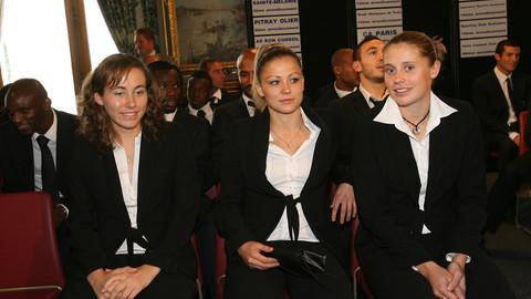 L'équipe féminine du PSG à la Mairie de Paris
