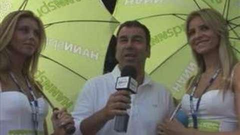 Eurosport - Umbrella girl, et là, et là...