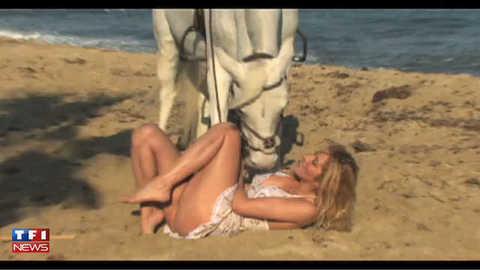 Exclu TF1 News : Loana, clip de La Madrague