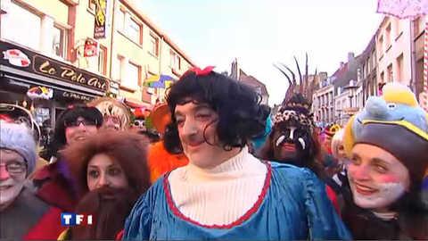 La foule en transe du carnaval de Dunkerque