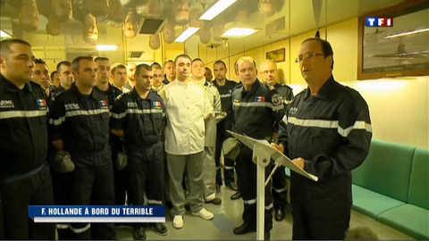 François Hollande à bord du Terrible