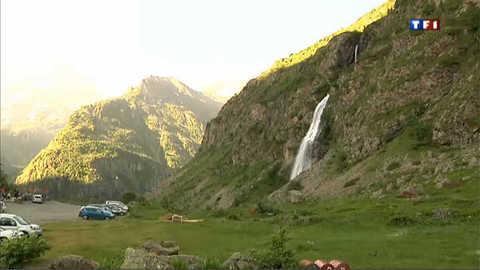 Hautes-Alpes : derniers préparatifs avant l'ouverture des refuges