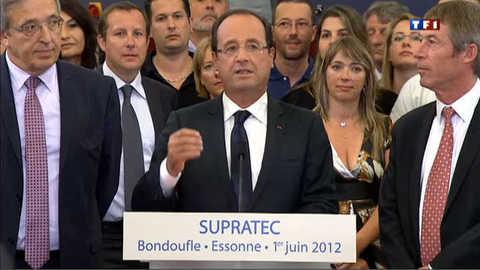 Hollande défend son contrat intergénérationnel