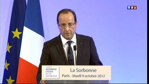"""Hollande : """" l'école doit changer"""""""