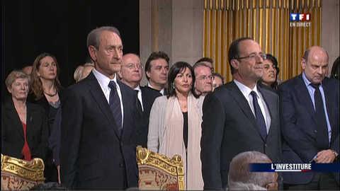 Hollande ovationné à l'hôtel de Ville