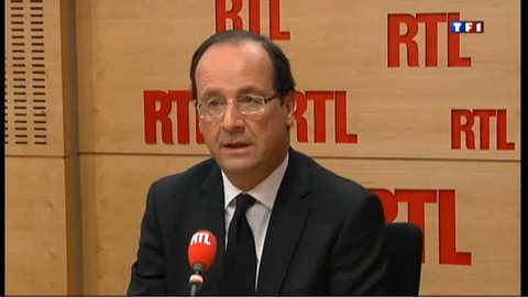 Hollande se félicite du choix de François Bayrou