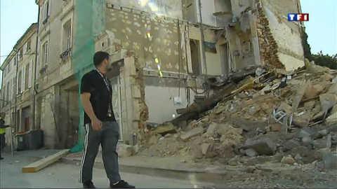 Ils sortent in-extremis de leur immeuble à Niort avant qu'il s'effondre
