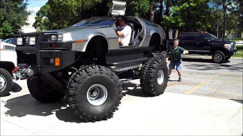 Insolite : une DeLorean en mode Monster Truck !
