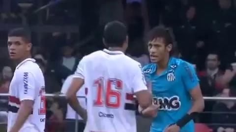 Insolite : Neymar retourné comme une crêpe !