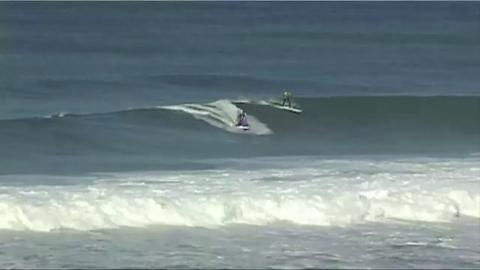 Insolite: du surf sur une porte