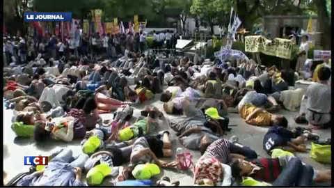 Le Japon traumatisé par le nucléaire commémore la bombe d'Hiroshima