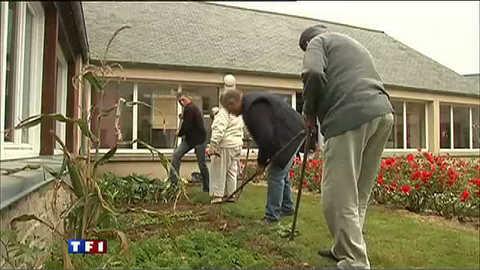 Le jardin de jouvence d'une maison de retraite