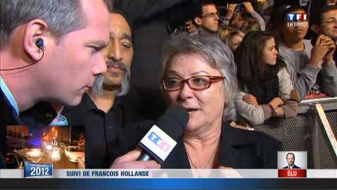 Josiane Balasko à la Bastille pour fêter la victoire de Hollande