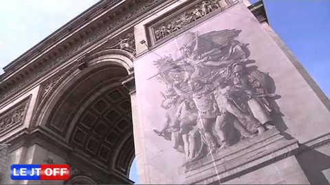 JT OFF - L'Arc de Triomphe se refait une beauté
