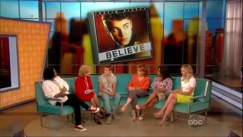 Justin Bieber invité de The View en juin 2012