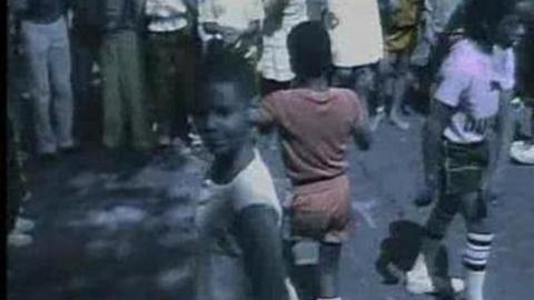 Kool & The Gang - Let's Go Dancing (Ooh, La, La, La) (2005)