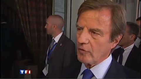 """Kouchner : l'assaut de la flottille """"un incident impossible à supporter"""""""