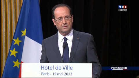 A l'hôtel de ville, le nouveau président rend hommage aux Parisiens