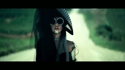 Lady Gaga - Yoü And I (2011)