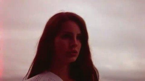 Lana Del Rey - Summertime Sadness (2013)