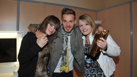 Laura et Marie lauréates du NRJ Music Award du Meilleur Fan