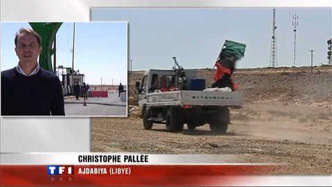 """Libye : """"les insurgés filtrent les passages des journalistes"""""""