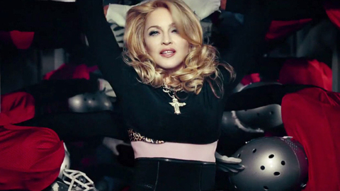 Madonna - Give Me All Your Luvin' (2012)