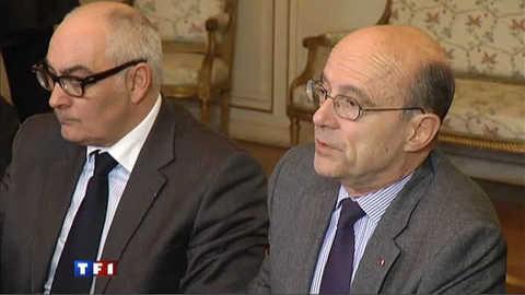 Maire et Ministre, Juppé se fait confiance pour s'organiser