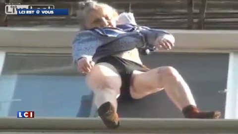 Une mamie sauvée par sa robe de chambre à 20m du sol