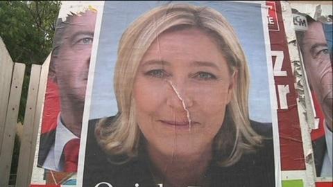 Marine Le Pen bat des records à Marseille