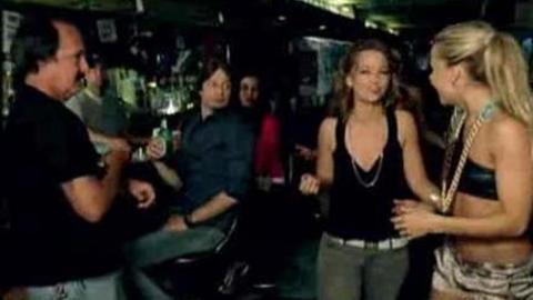 Nelly Furtado - Do It (2007)